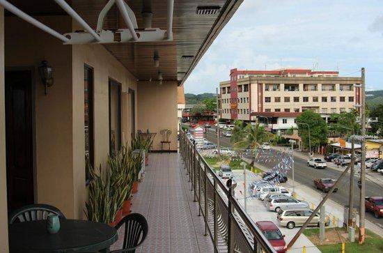 Palau Paradise Hotel: View from the balcony on Main Street
