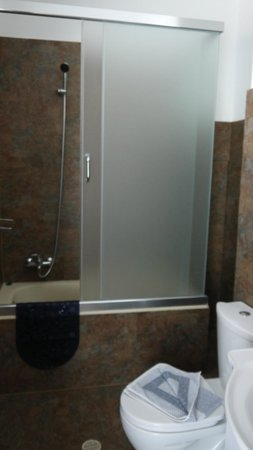 Agrelli Hotel: Bathroom