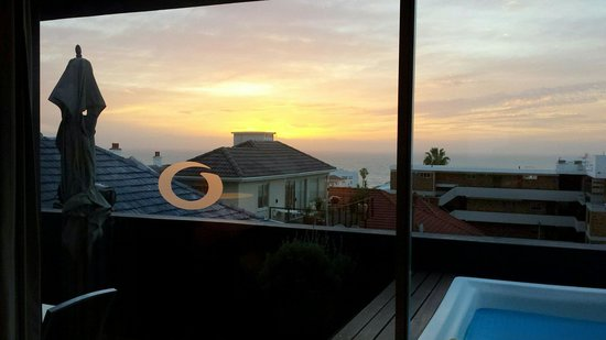 O on Kloof Boutique Hotel & Spa : Sunset from room 1