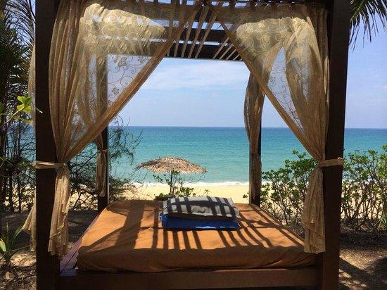 Tanjong Jara Resort: plage, bord de mer