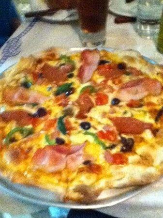 Faros Villa: Pizza
