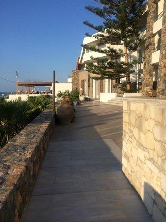 The Island Hotel: Hotelbereich aussen