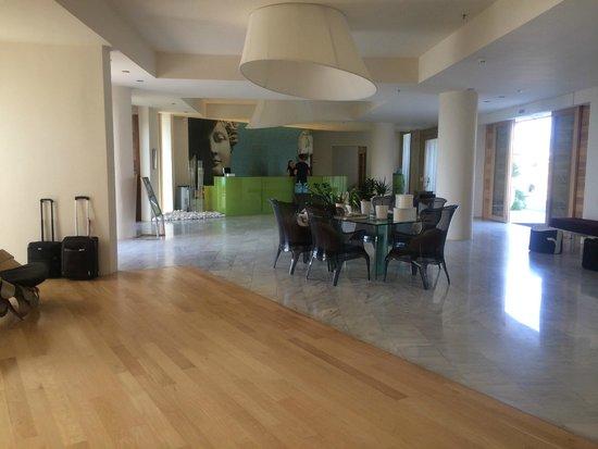 The Island Hotel: Lobby bereich