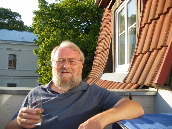 Netti Guesthouse: A drink on our balcony!