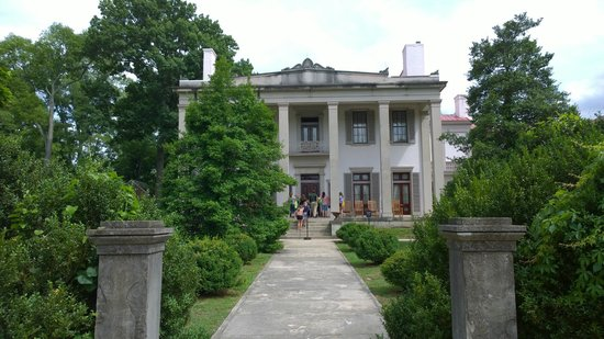 Belle Meade Plantation: Entrance