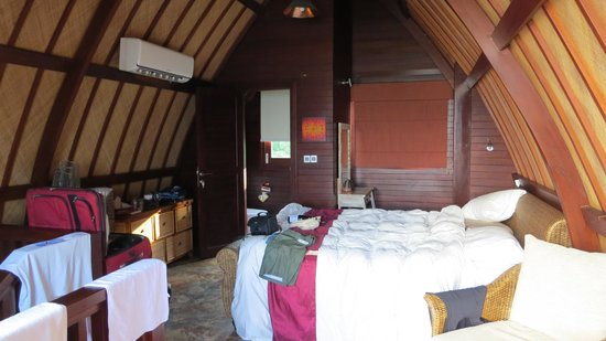 Meno Mojo Beach Resort : Room upstairs