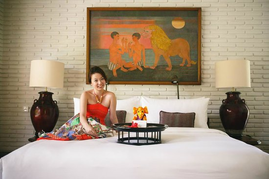 The Chedi Club Tanah Gajah, Ubud, Bali – a GHM hotel: greeted by the cozy room