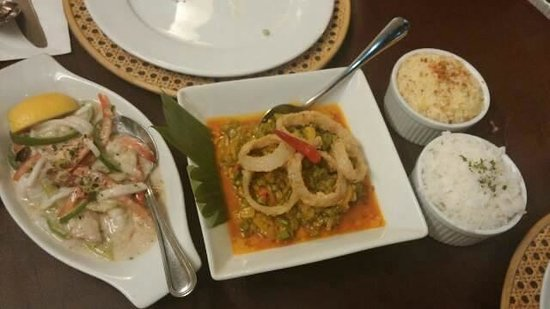 XO 46 Heritage Bistro: Of course, don't forget the garlic rice