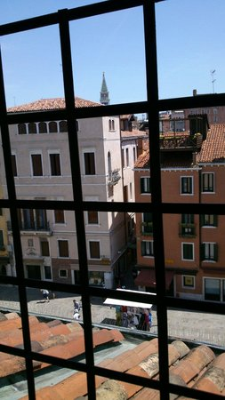 Hotel Ala - Historical Places of Italy: View from room 491!