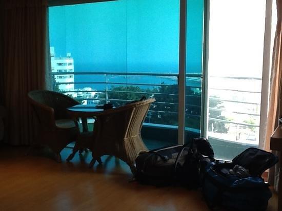 Good Inn Hotel: Vistas desde la habitación 603