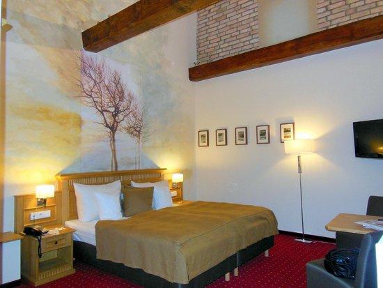 Hotel Scheelehof Stralsund : Unser Lieblingszimmer im Scheelehof - wegen der wahnsinnig hohen Decken ... traumhaft schön!