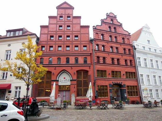 Romantik Hotel Scheelehof: Hotel Scheelehof (Außenansicht von der Straße aus betrachtet)