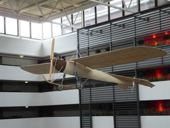 Sofitel Budapest Chain Bridge: Replica airplane above the atrium