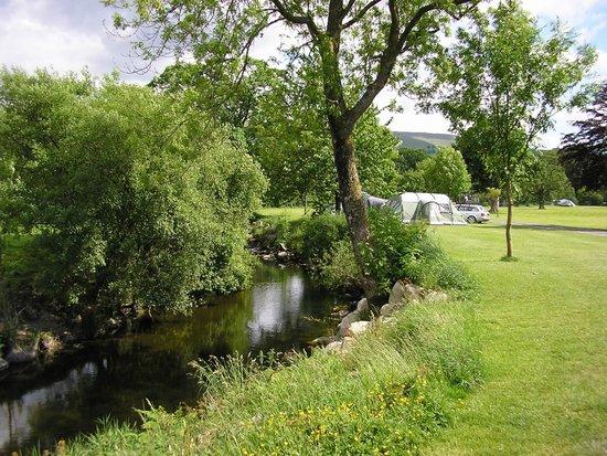 Glanllyn Lakeside : river llafar for fishing and canoeing