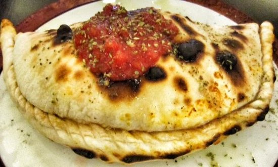 Pizza Smilo: Pizza Calzone Smilo