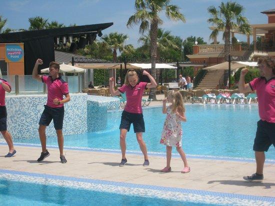 Holiday Village Menorca: Pool Side Dancing.