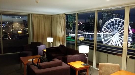 Rydges South Bank Brisbane : Awesome view from corner king suite