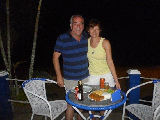Posada Daleste: cenando a metros de la playa ,expectácular vista al mar!!
