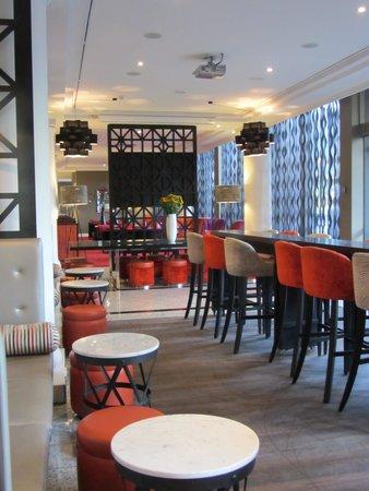 Pullman Auckland: Omni Bar