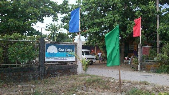 Sea Park Beach Resort: Entrance to Station 1