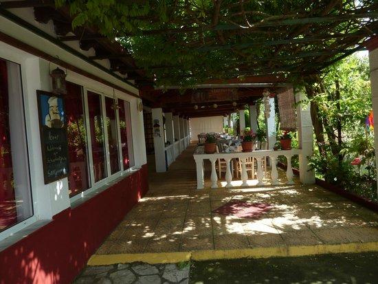 Semeli Hotel : coin repas