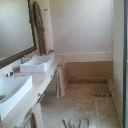 Palais Clementina : En-suite bathroom