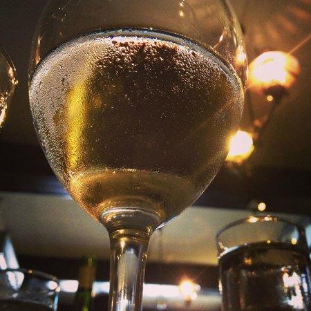 Mourne Seafood Bar: white wine