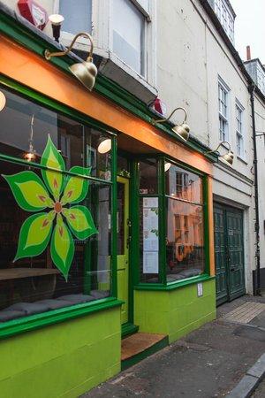Curry Leaf Cafe – Brighton Lanes: Exterior