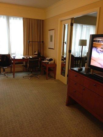Four Seasons Hotel San Francisco: lounge area