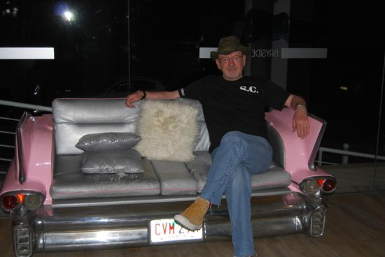 Bayside Salgados: Me on a caddy couch.