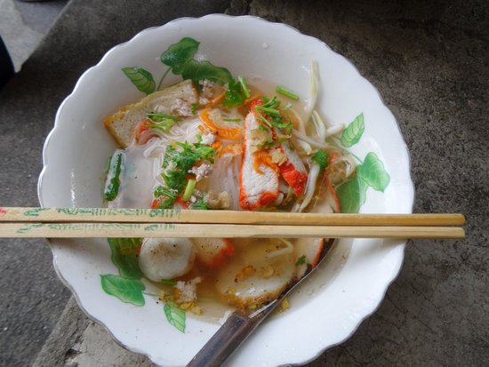 BKK Tours: Food at the Tha Kha floating market