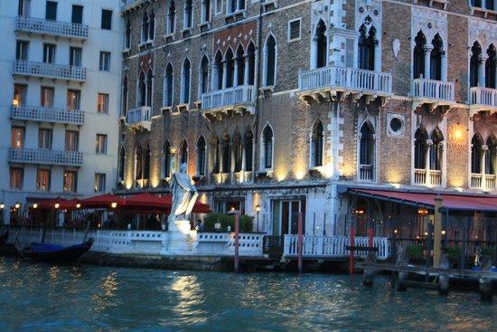 Venezia Lines: Venezia by night