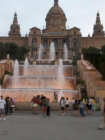 H10 Salauris Palace: Fountains at Barcelona