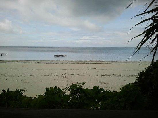 Matemwe Bandas Boutique Hotel, Zanzibar: white beach
