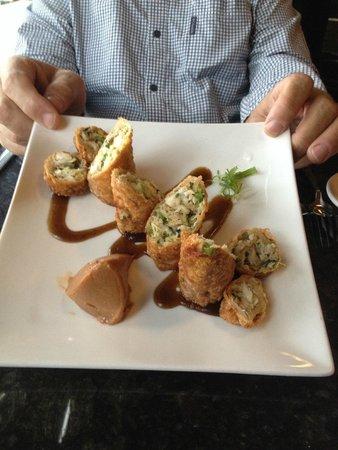 Parker's Bistro: Crab Egg Roll appetizer...delicious!