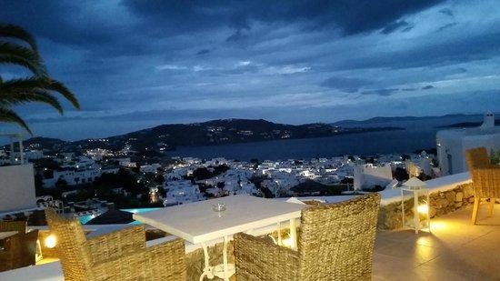Karavaki Restaurant: View