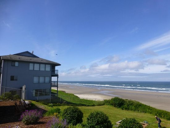 Inn at Nye Beach : View looking South