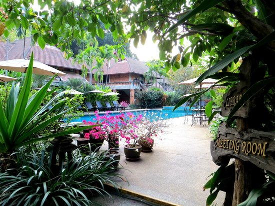 Yaang Come Village: Lovely hotel surroundings