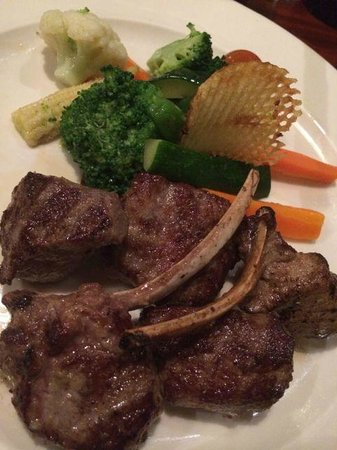 Kampala Serena Hotel: Italian dinner at Explorers