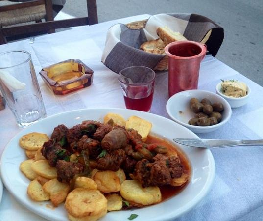 To Elliniko: Naxian sausage with potatoes, olives, wine, bread and garlic butter