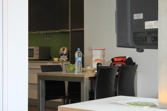 Cosmo Apartments Sants: номер