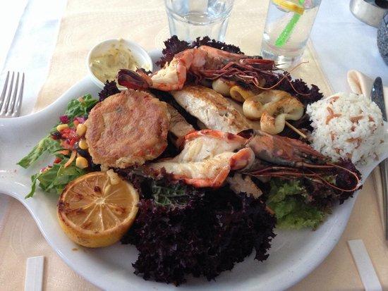 Limos Restaurant Kalkan: Mixed seafood platter - fantastic!