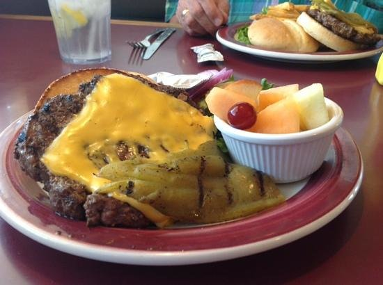 Kranberry's Chatterbox: Super delicious burgers