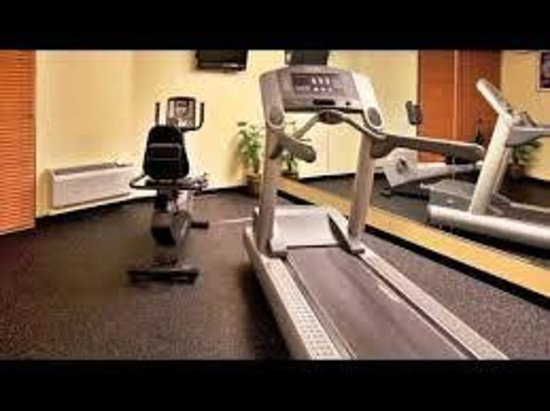 Holiday Inn Charleston Riverview: Fitness Center Cardio