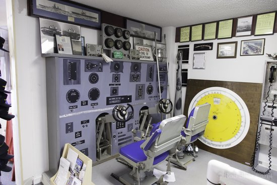 St. Marys Submarine Museum: Mockup of a control room of a submarine