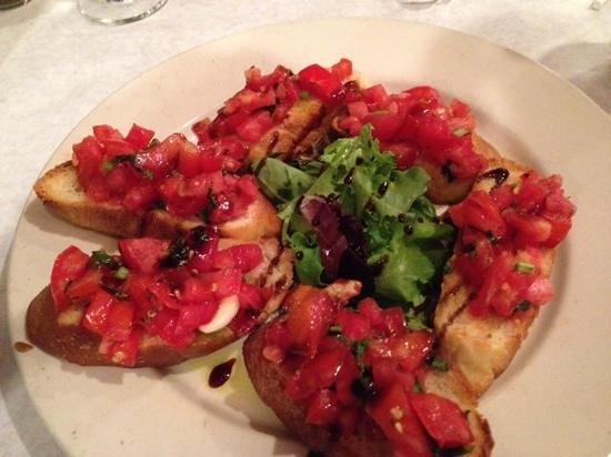 Verducci's Pizzeria & Trattoria: Great Bruschetta