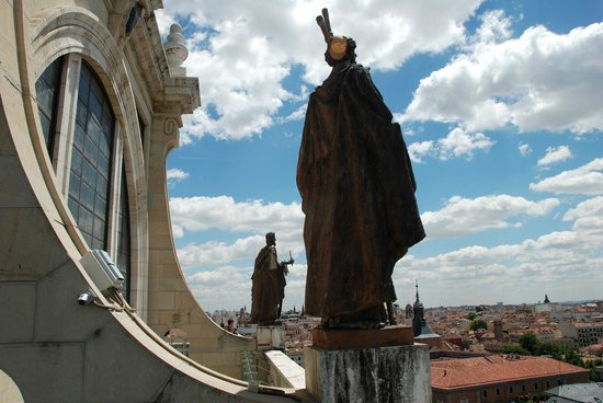 Catedral de Sta María la Real de la Almudena : View from the Dome