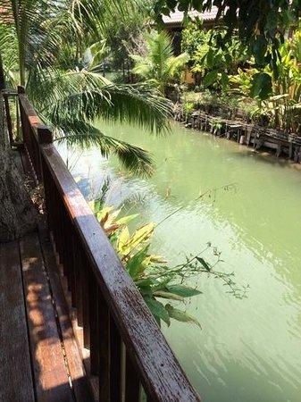 Baan Thai House : balkon