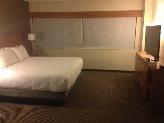 Hyatt Place Minneapolis/Downtown: bedroom area