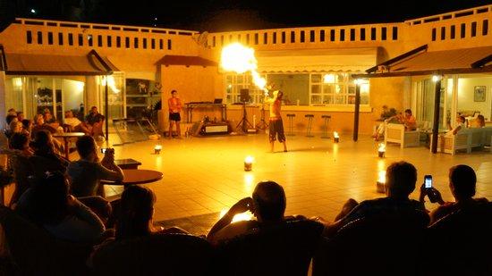 Kalypso Cretan Village: Entertainment
